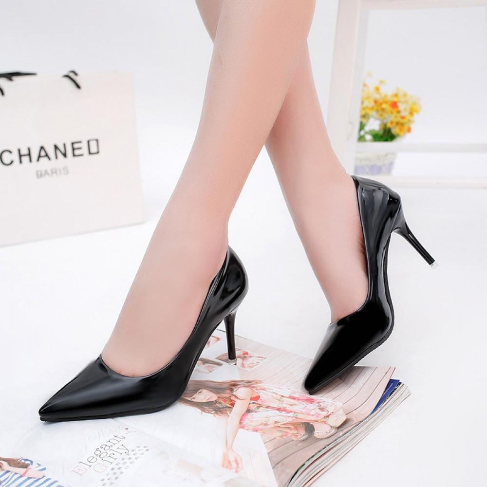حذاء بكعب عالي أسود كلاسيكي ناعم - متجر تواجد