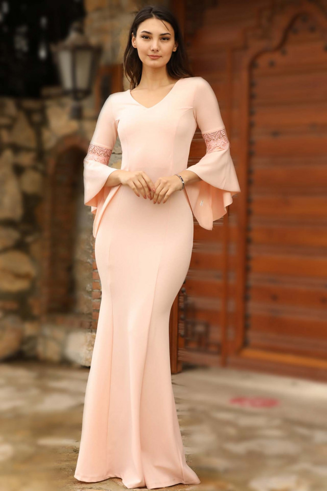 فستان سهرة وردي