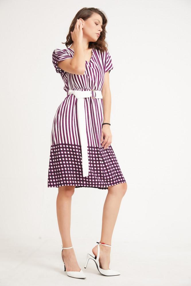 فستان مفصل بحزام نسائي