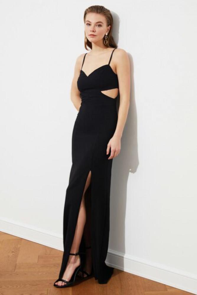 فستان سهرة أسود بفتحة نسائي
