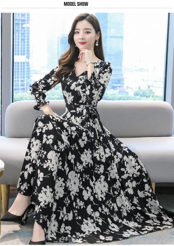 فستان أسود طويل مزين بنقشة الزهور - متجر تواجد