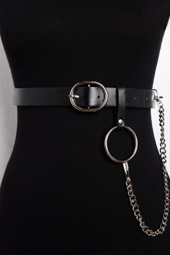 حزام أسود بقفل نسائي