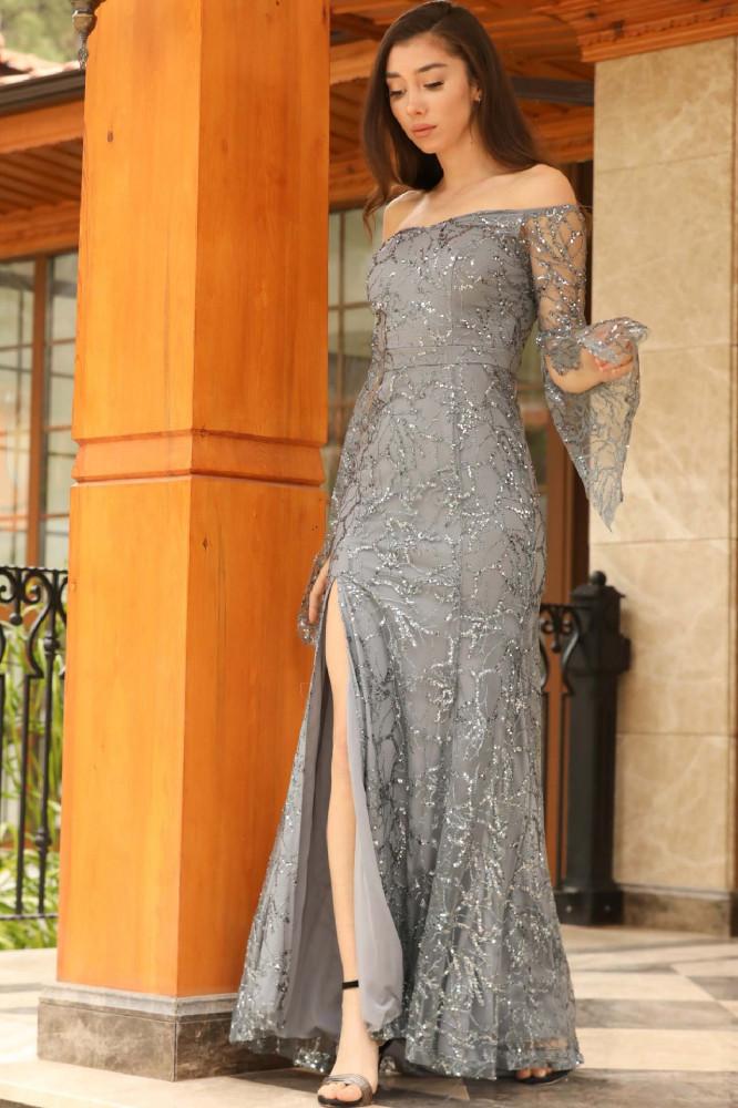 فستان سهرة رمادي غامق لامع برقبة بدون أكتاف نسائي