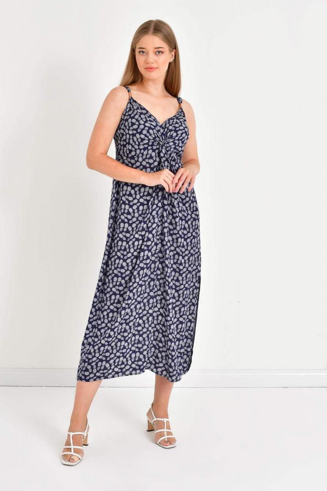 فستان مزخرف بأشكال نسائي
