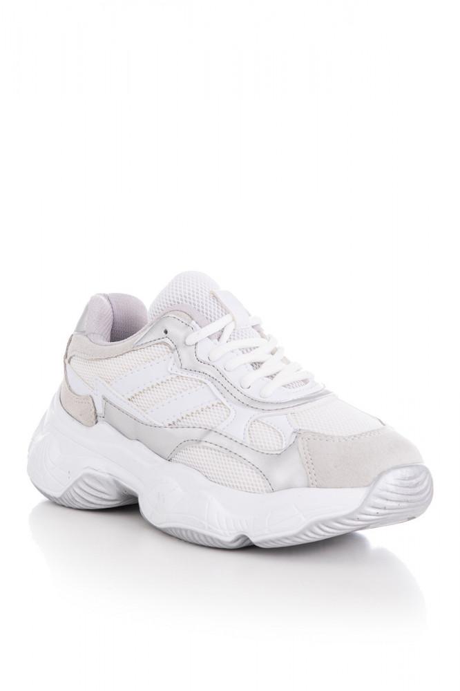 حذاء رياضة رمادي أبيض نسائي