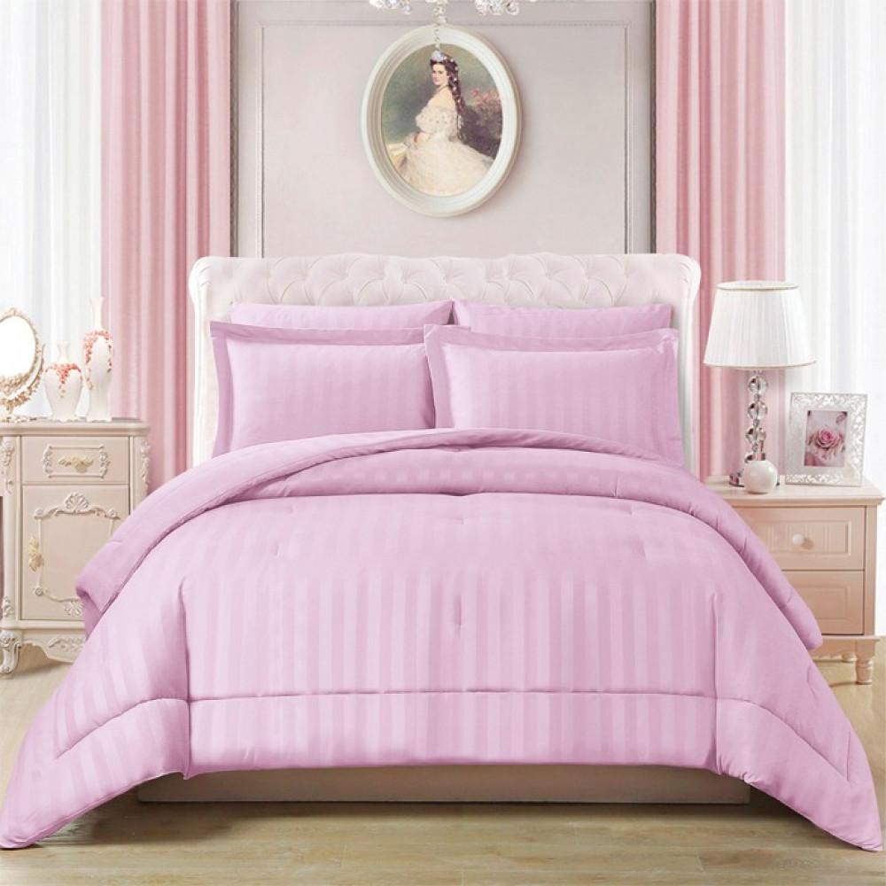 مفرش لون الوردي الفندقي بتصميمه المخطط وألوانه المتعددة