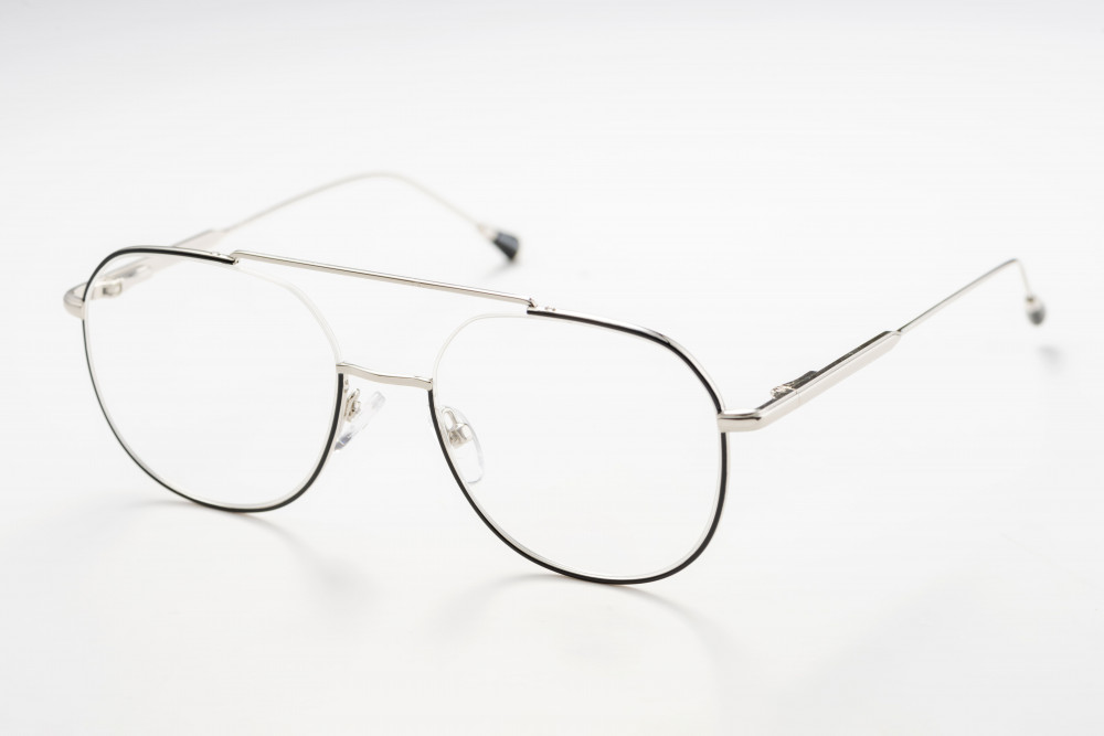 نظاره طبيه ماركة آيز موديل EZ006 C1