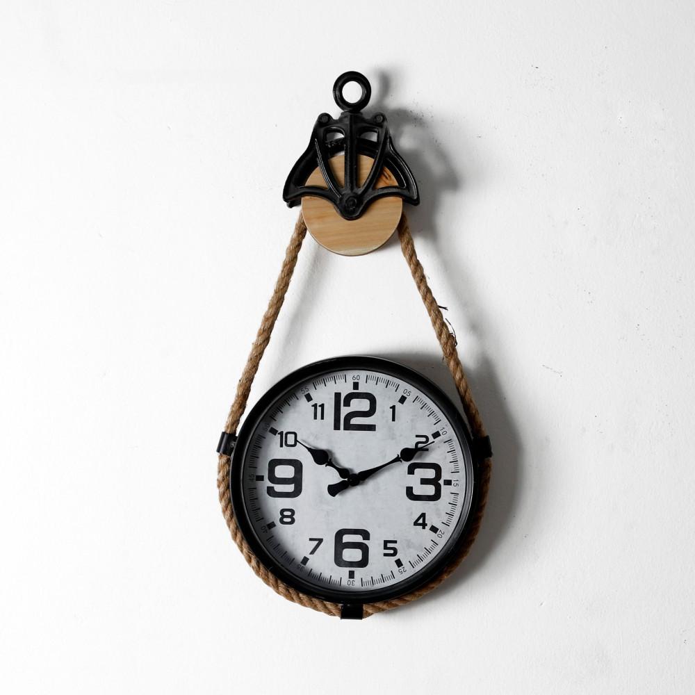 صور ساعة حائط أنتيكة قديمة فخمة بحبل موديل روبي 1 دائرية صناعة معدنية