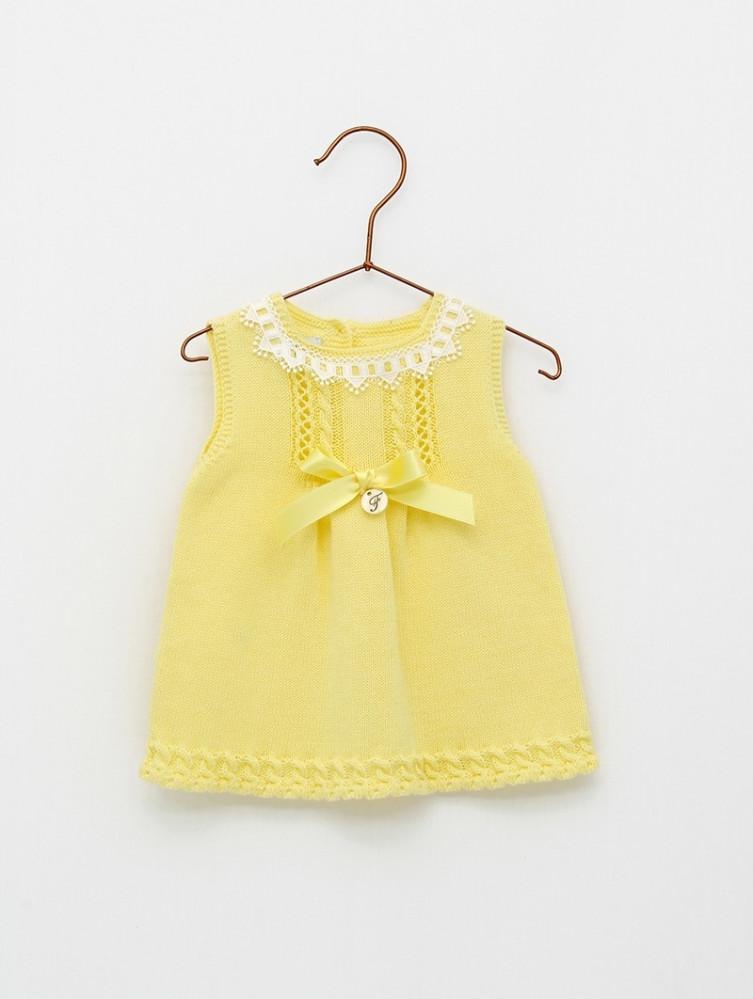 فستان راقي  باللون الاصفر من ماركة Foque   من دوها
