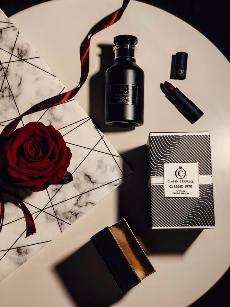 عطر كلاسيك 1970 classic perfume