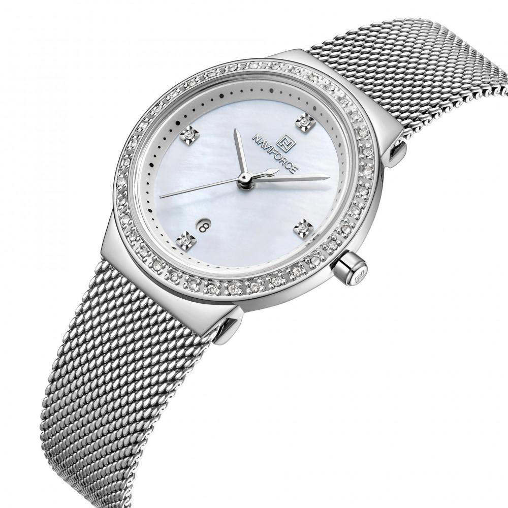 ساعة يد نسائية ذات حزام ستيل بإطارها الكرستالي ذو التصميم الأنيق الذي