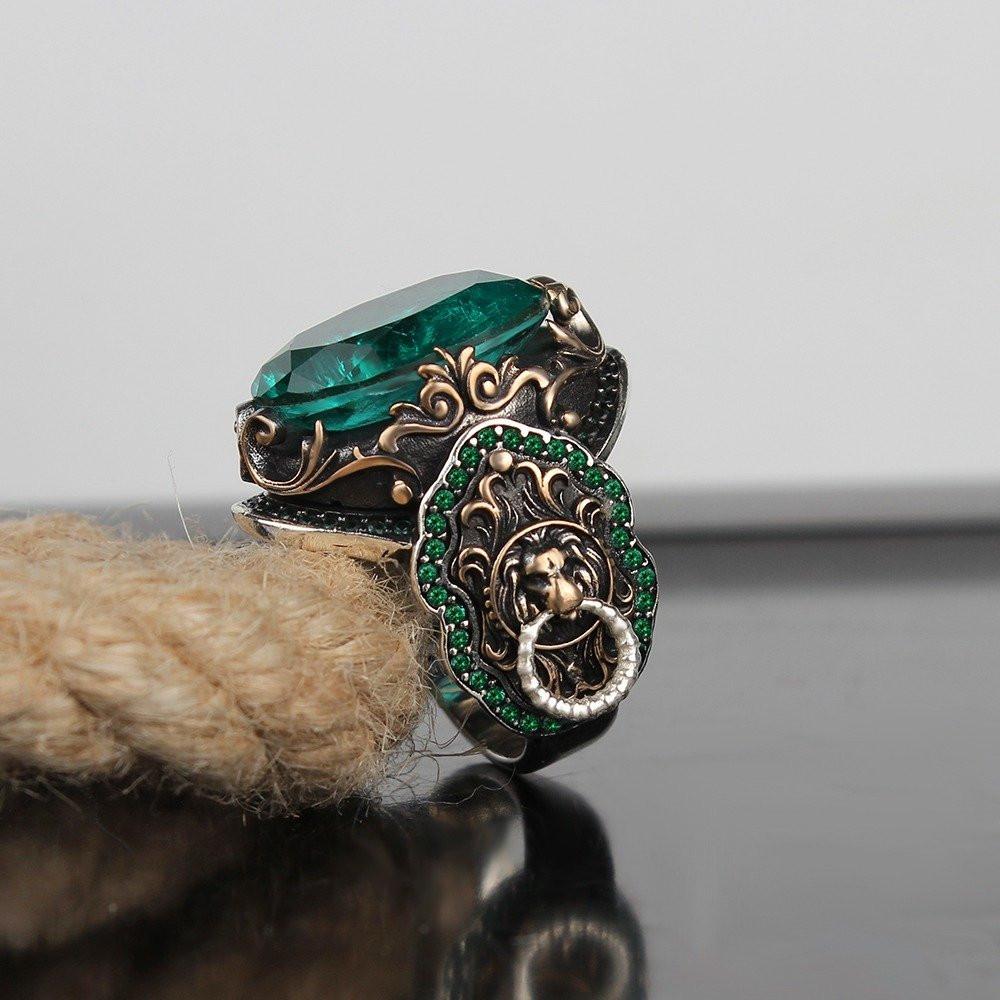 خاتم من الفضة الثقيلة بنقش إسلامي مميز