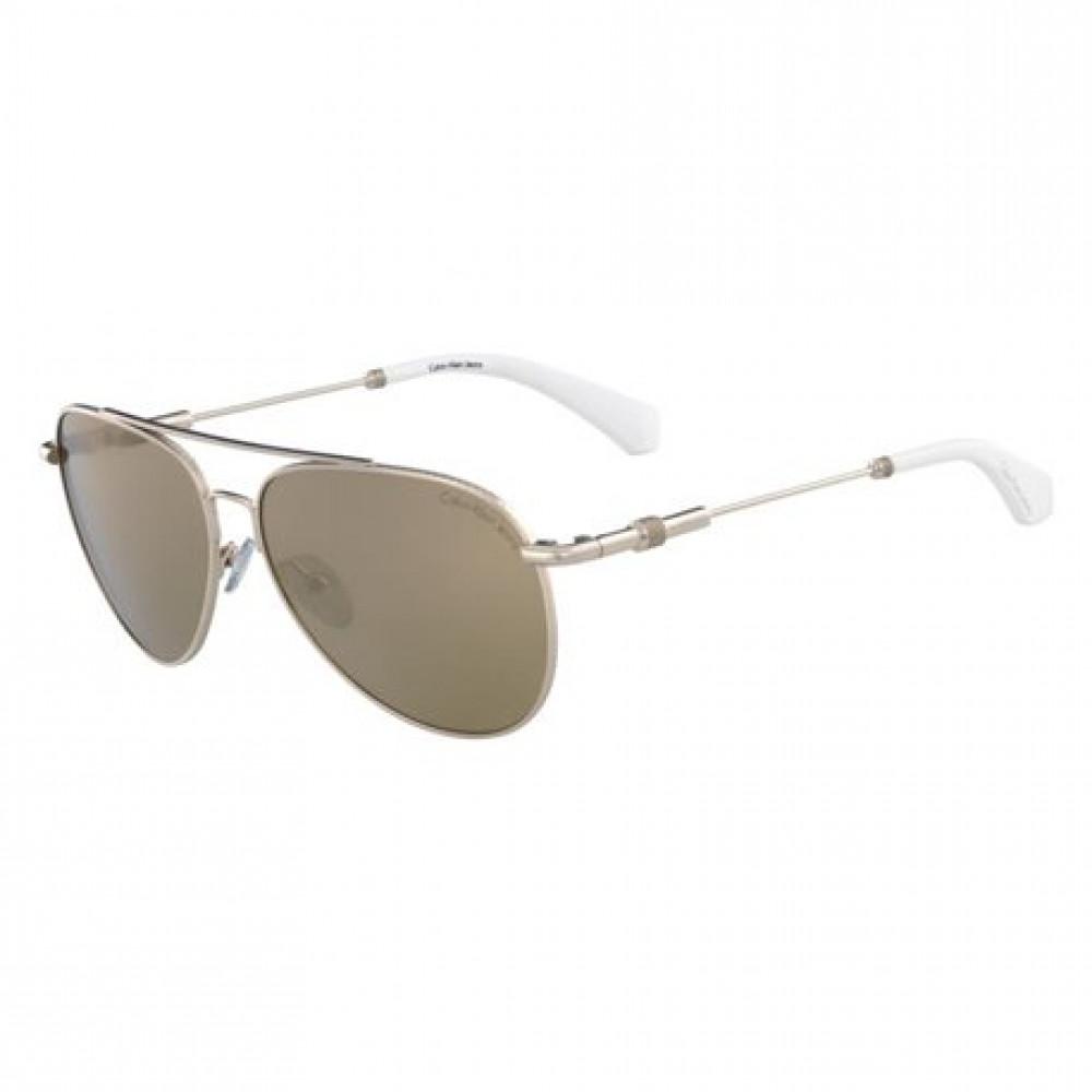 نظارة شمسية كالفن كلاين للنساء - شكل افياتور - لون ذهبي - زكي