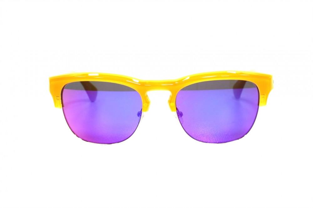 سعر نظارة شمسية كالفن كلاين للنساء - شكل كات أي - لون أصفر - زكي
