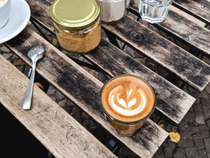 صوصات القهوة والمشروبات