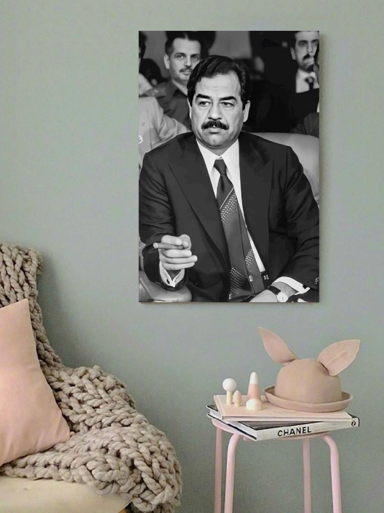 لوحة الرئيس صدام حسين خشب ام دي اف مقاس 40x60 سنتيمتر