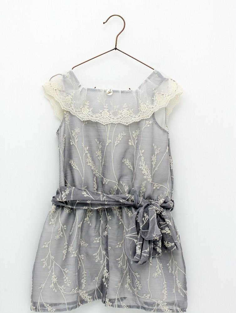 فستان أنيق من ماركة Foque من دوها