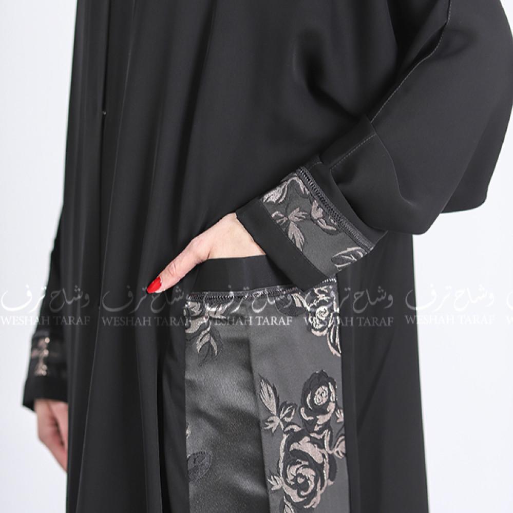عباية قماش بلاك بيري جيوب جانبية بطباعة ورود ذهبية