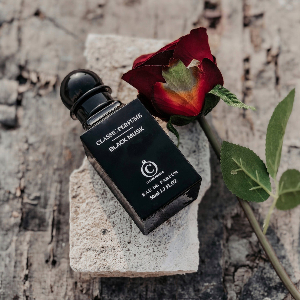 عطر كلاسيك بلاك مسك classic perfume black musk