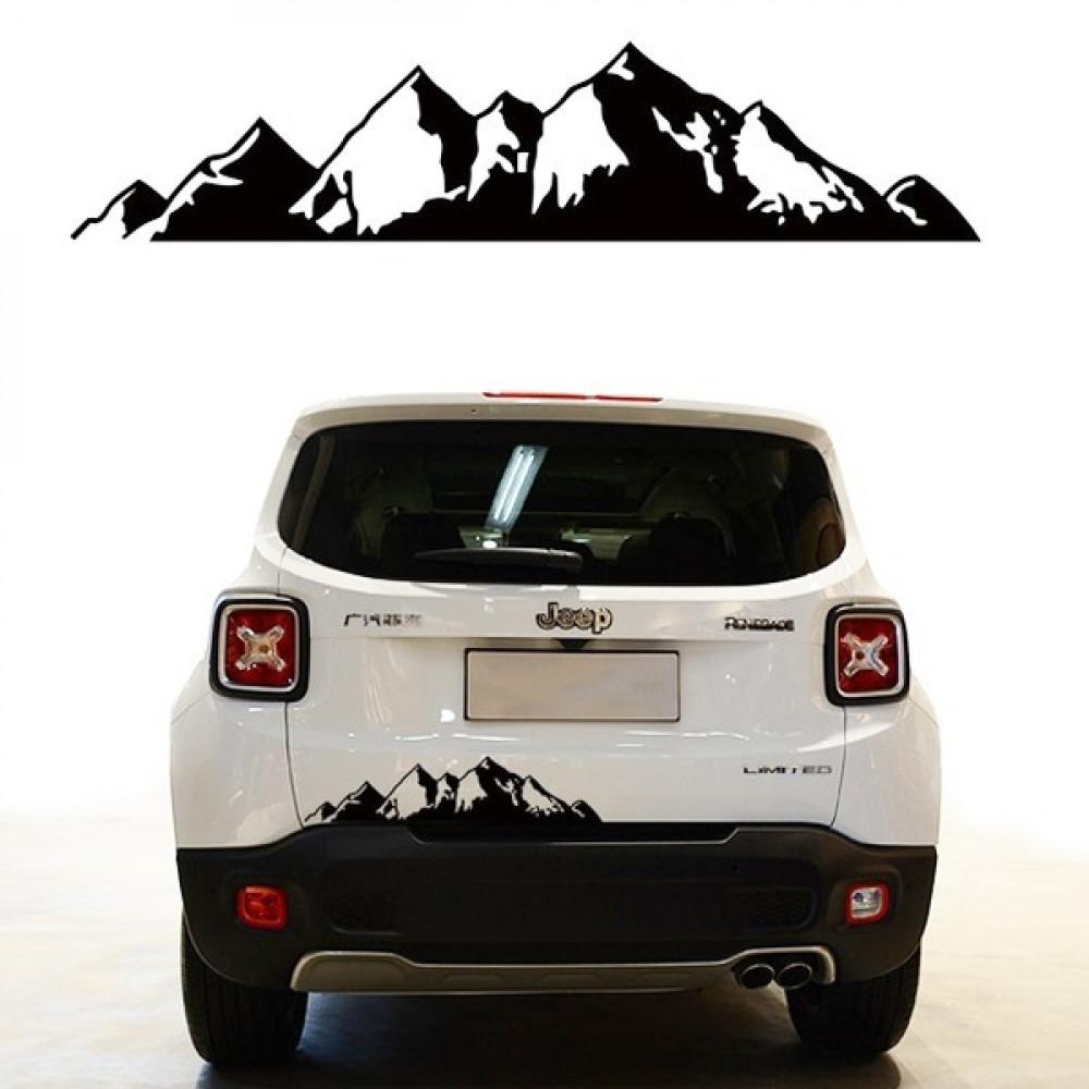 استيكر على الباب الخلفي لسيارة الجبال