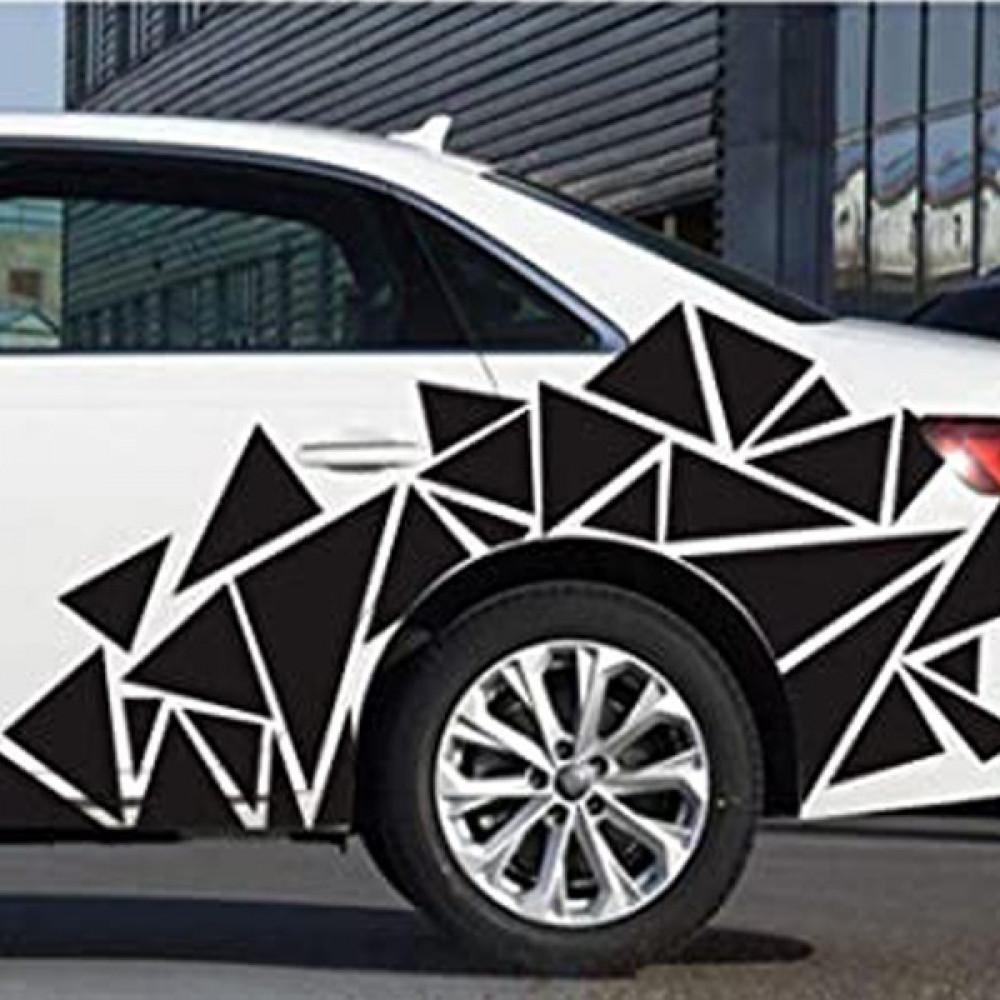 استيكر اشكال هندسية على جوانب السيارة