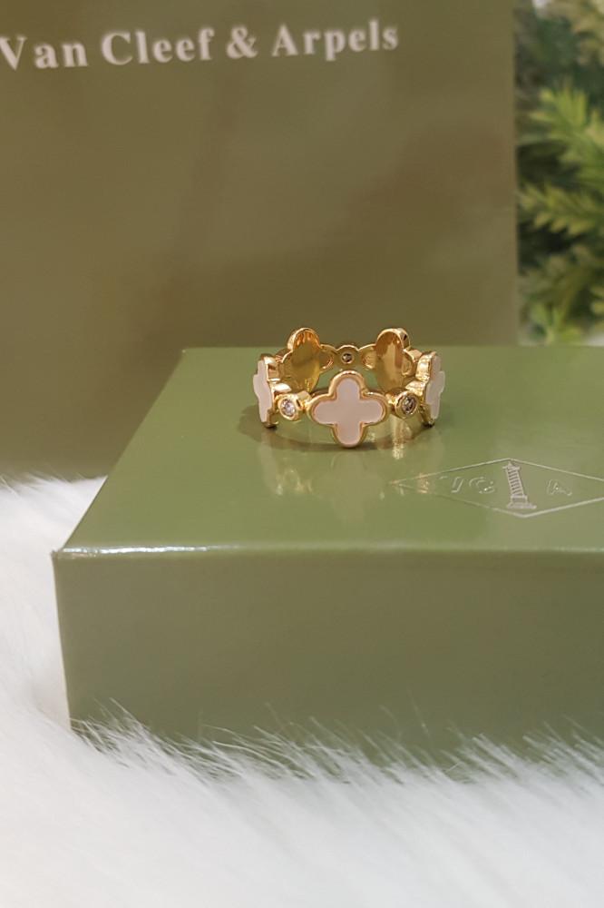 خاتم فان كليف الورده
