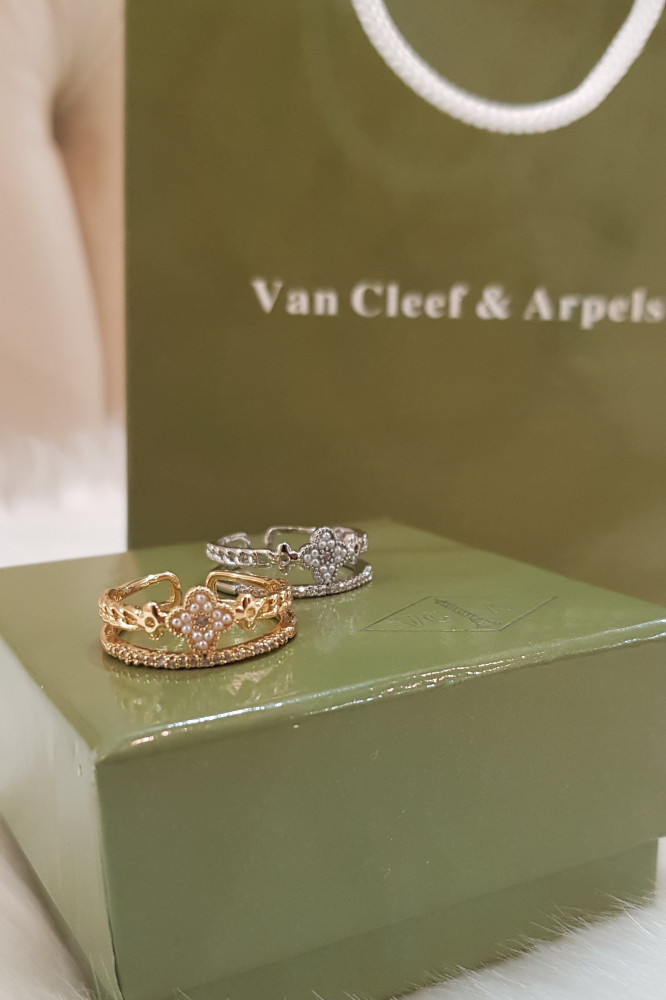 خاتم فان كليف اند اربلز الورده