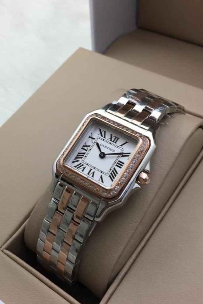 ساعة بانثر من ماركة كارتير