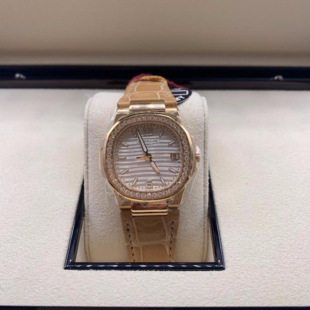 ساعة باتيك فيليب نوتلس الأصلية جديدة brand new 7010R