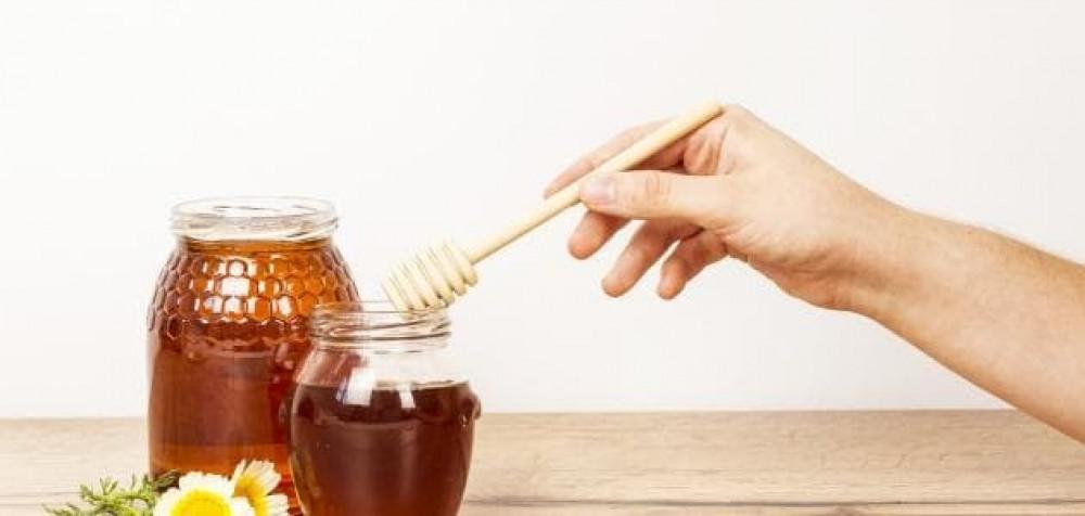 فوائد عسل النحل,فوائد العسل قبل النوم,فوائد العسل النحل,العسل