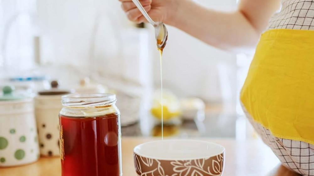 العسل للحامل,هل العسل مضر للحامل,فوائد العسل للحامل,اضرار العسل للحامل