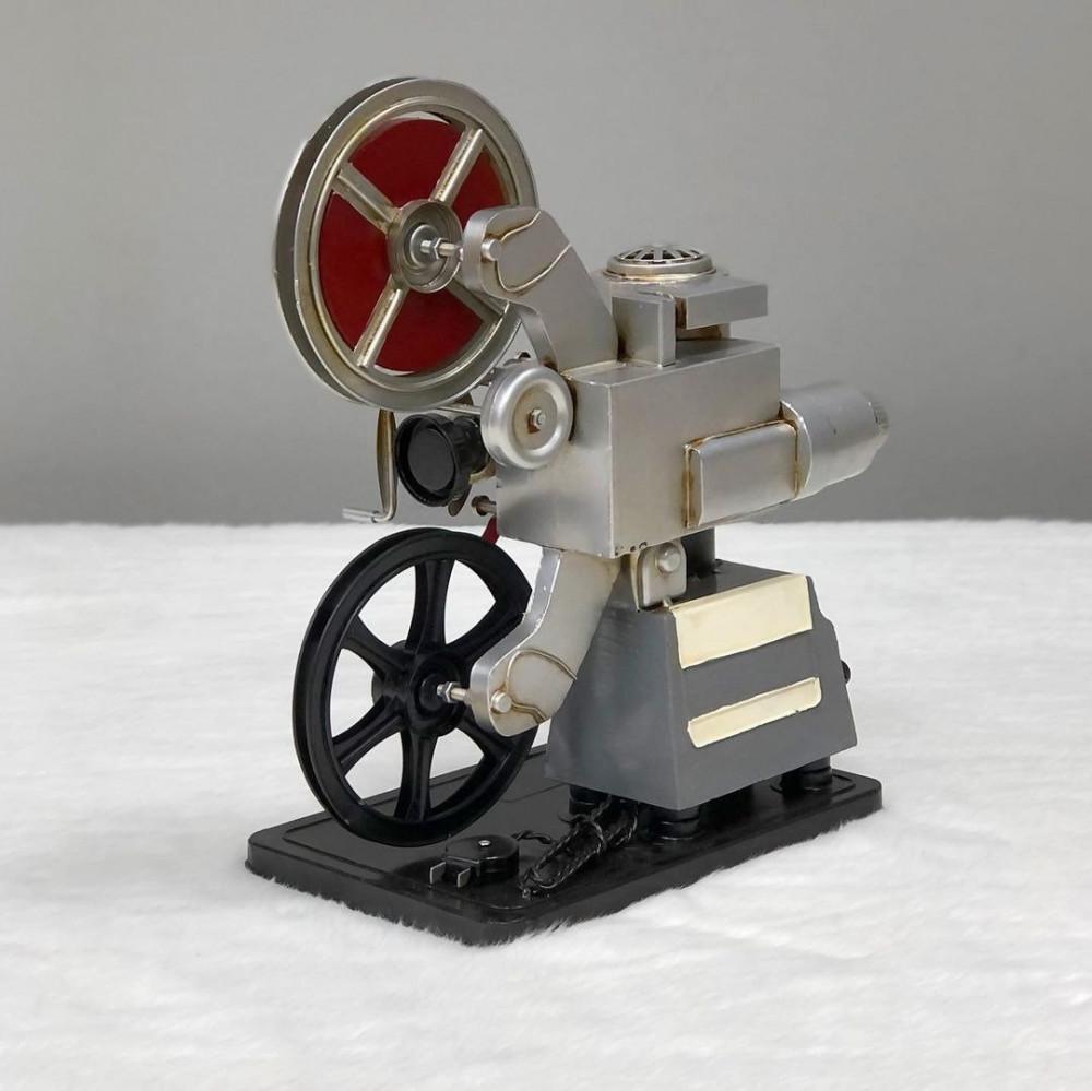 ديكور كاميرا فيديو حديد انتيك تحف وهدايا انتيكات ديكور المنزل ديكورات