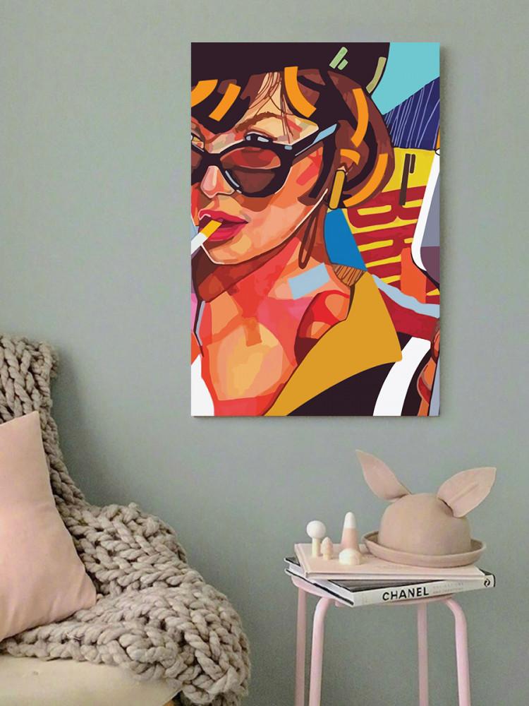 لوحة الفتاة المدخنة خشب ام دي اف مقاس 40x60 سنتيمتر