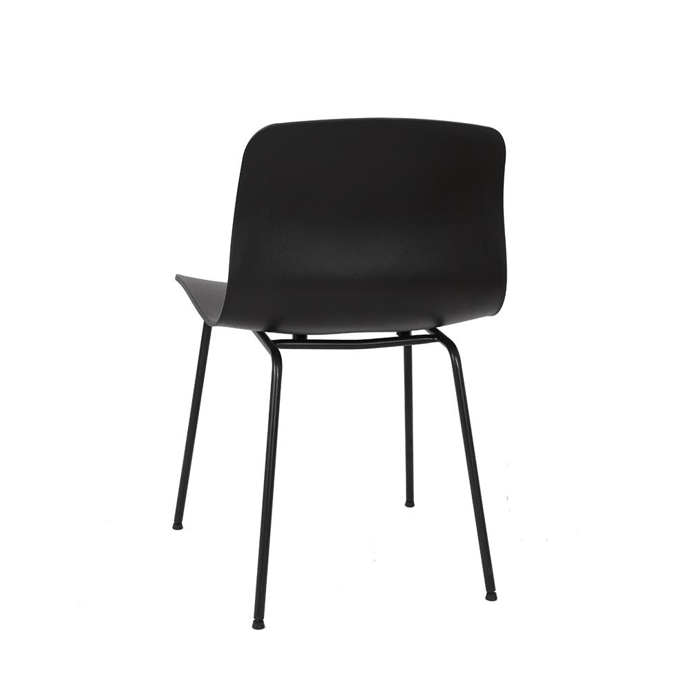 تجارة بلا حدود  كرسي لون أسود NEAT HOME بتصميم يواكب أحدث صيحات الموضة