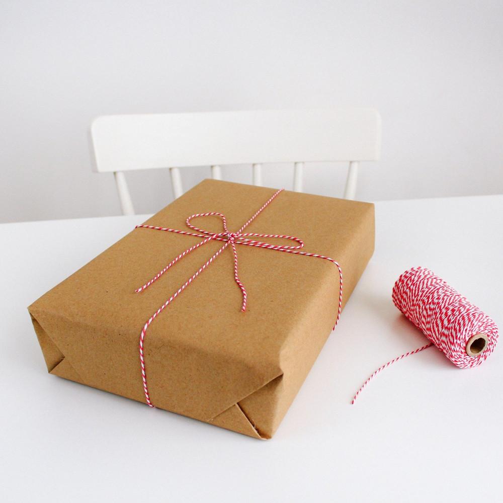 طريقة تغليف الهدايا تنسيق التوزيعات والهدايا أفكار لتغليف هدايا أحمر