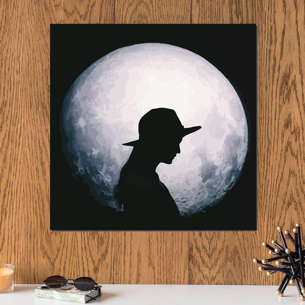 لوحة القمر وظل المرأة خشب ام دي اف مقاس 30x30 سنتيمتر