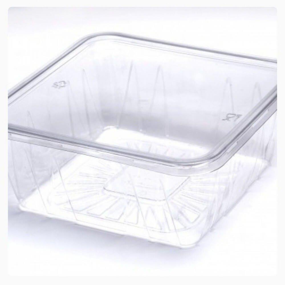 علب بلاستيك شفاف بغطاء