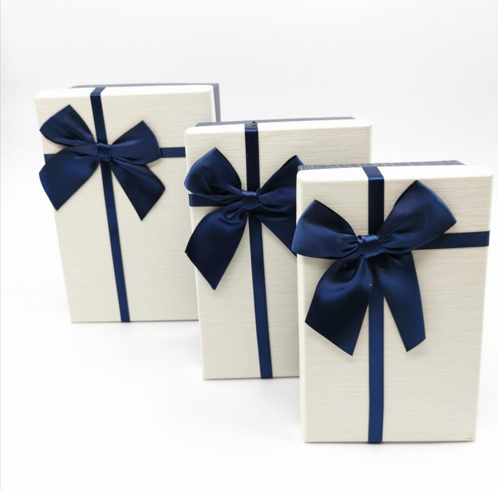 علب هدايا فخمة