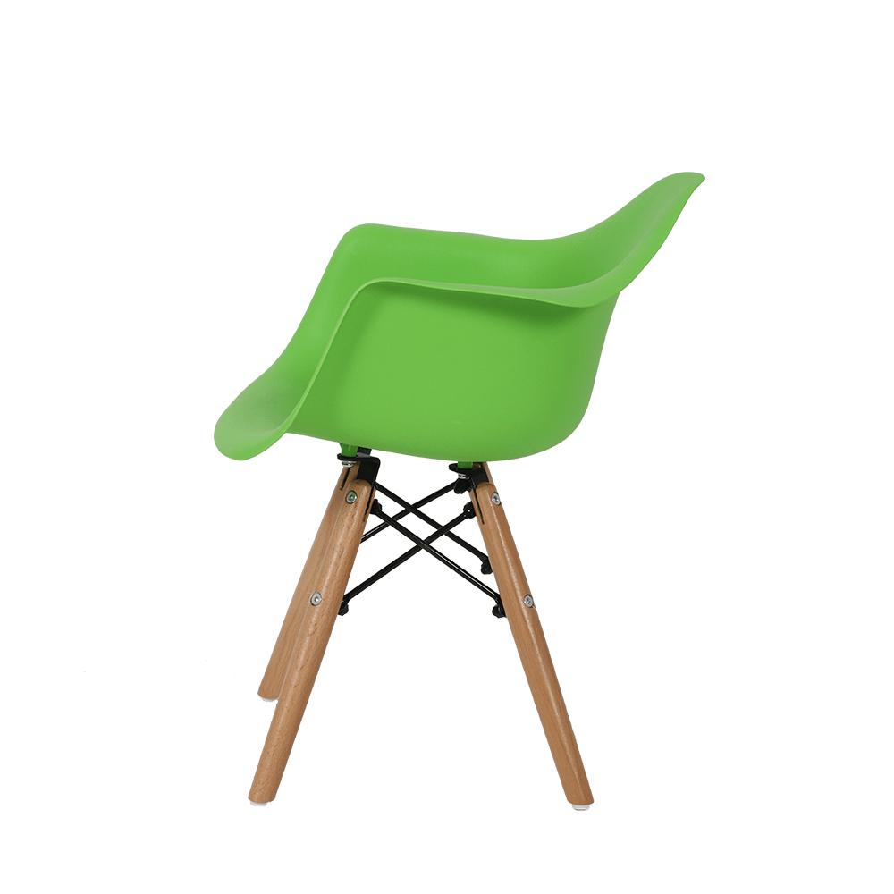 رؤية جانبية للكرسي في طقم كراسي أطفال ماركة نيت هوم لكل الأطفال