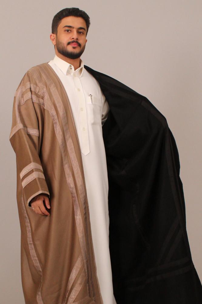 فروة قماش كشميري حورانية مطرزة بخيوط حرير اسود زعفراني