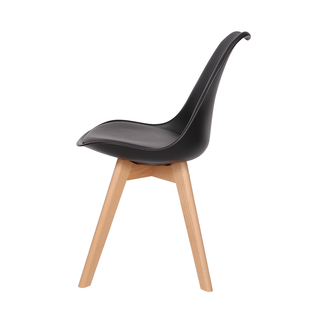 رؤية جانبية للكرسي من طقم كراسي نيت هوم أسود في متجر ديل يوتريد