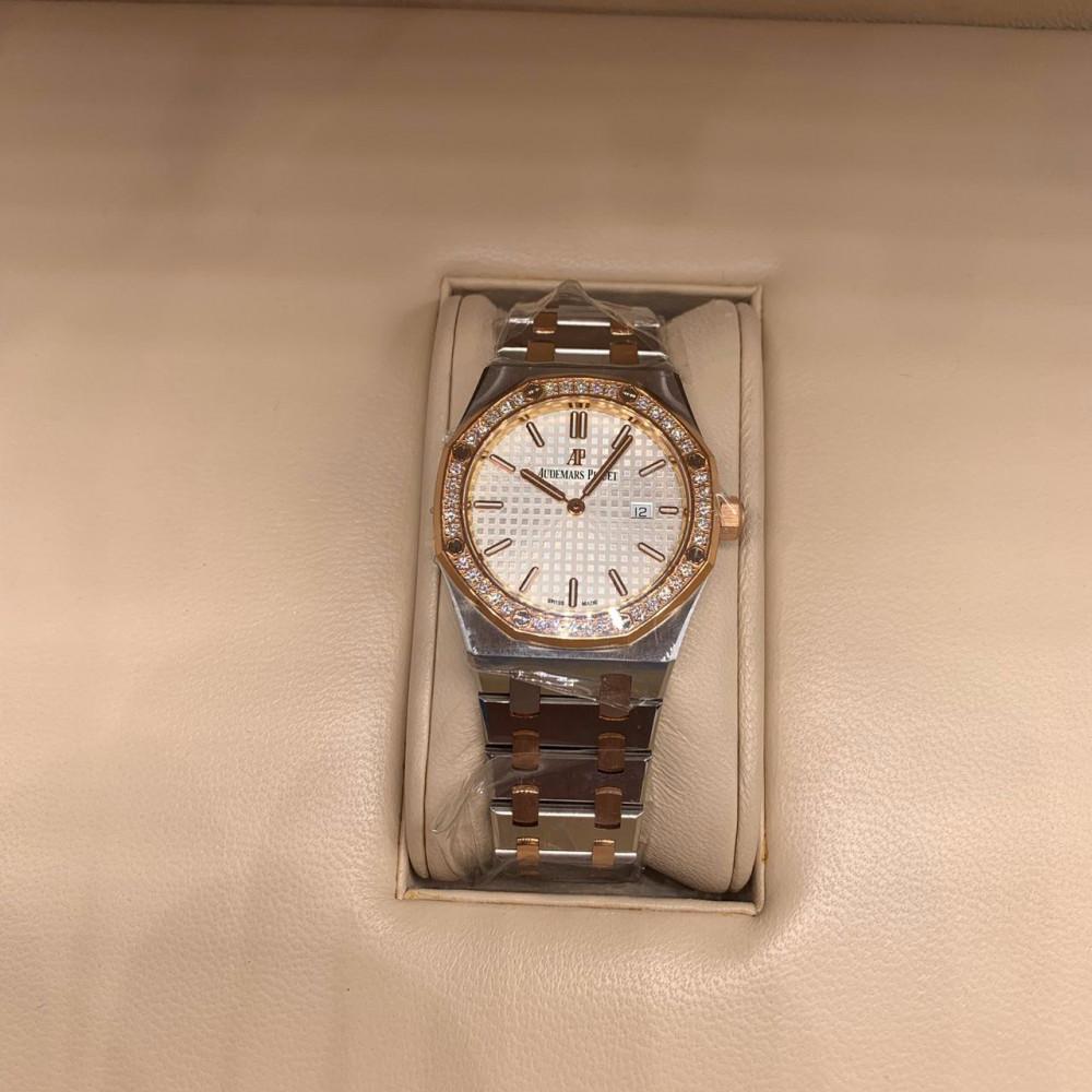 ساعة اوديمار بيجيه رويال اوك الأصلية الثمينة