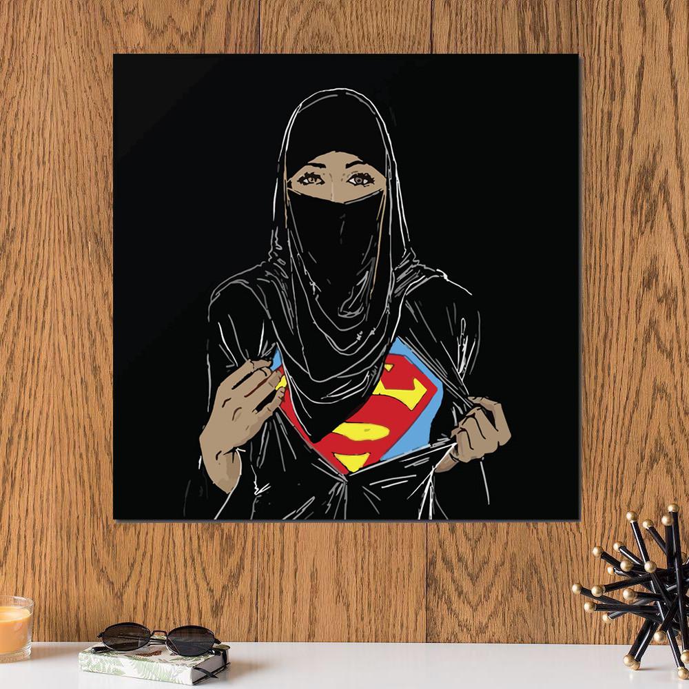 لوحة الفتاة الخارقة خشب ام دي اف مقاس 30x30 سنتيمتر