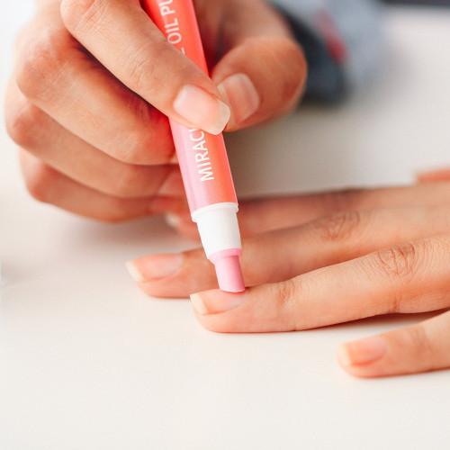 طريقة ازاله الجلد الميت حول الأظافر التخلص من الجلد الجاف العناية