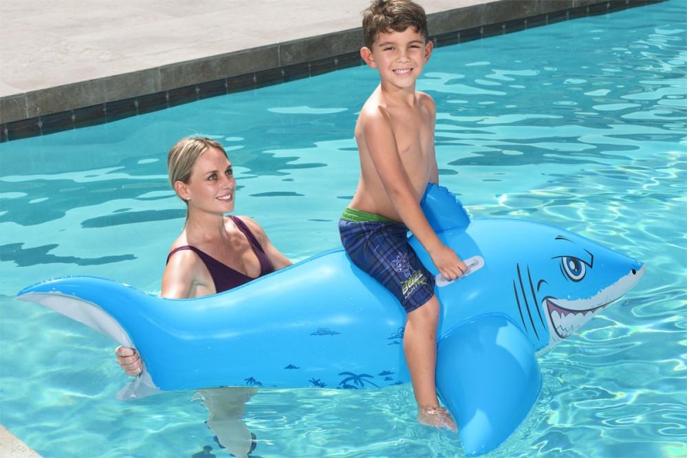 عوامة سباحة