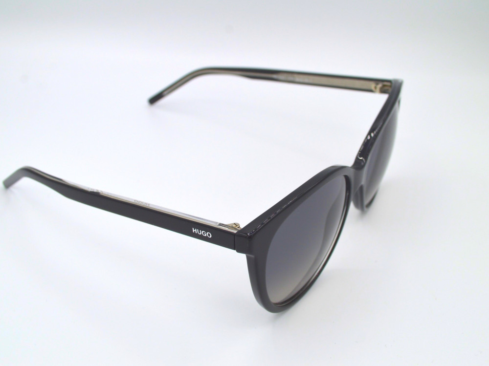 هوغو بوس HUGO BOSS نظارة شمسية رجالية لون العدسة اسود مدرج