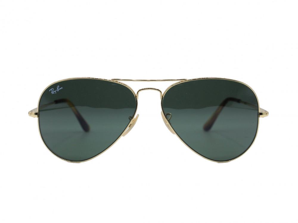 نظاره شمسية بيضاوي من ماركة  RAY BAN  لون العدسة زيتي