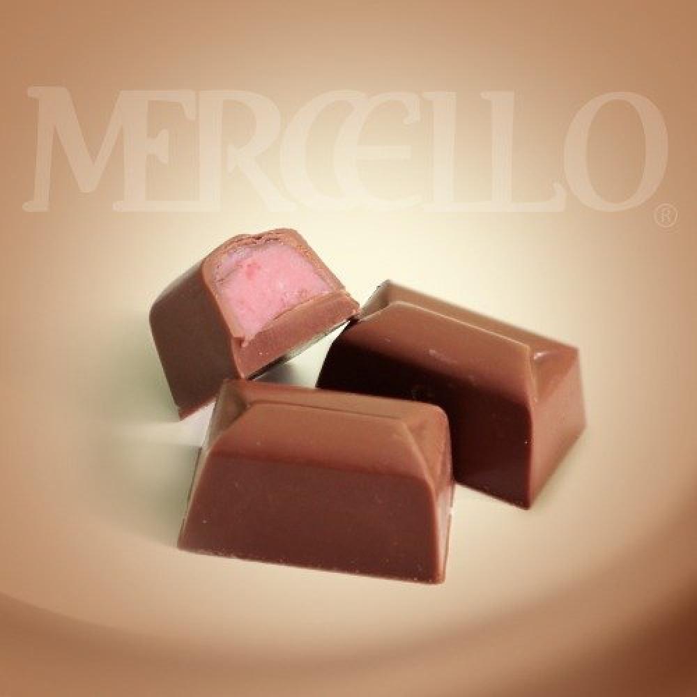 شوكولاتة الحليب بنكهة كريمة الفراولة