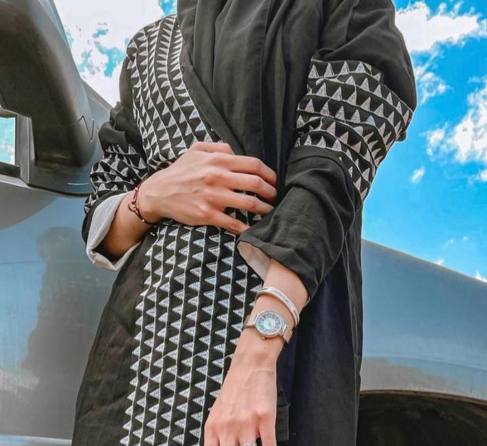 عباية سوداء شيك - متجر ميم عباية