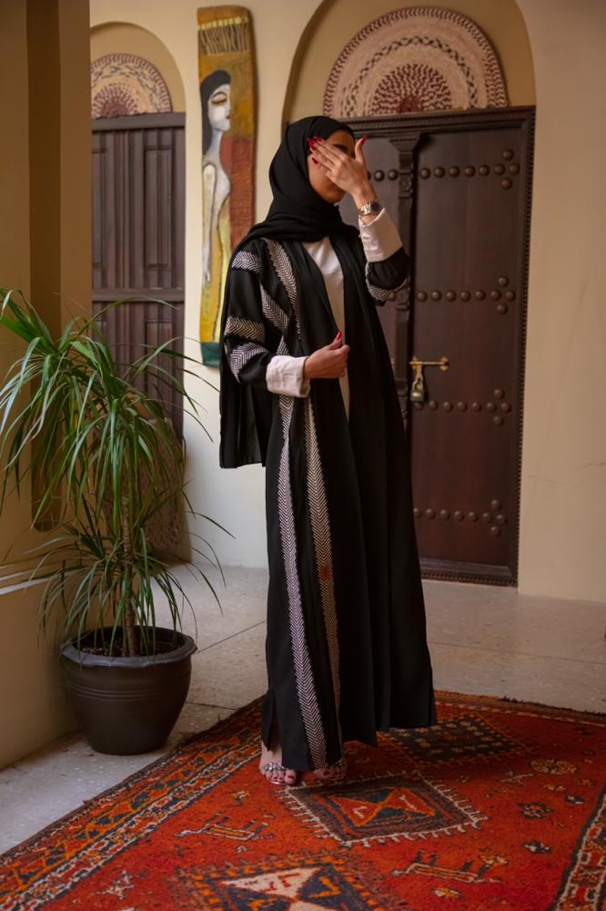 احلى عبايات بناتى سوداء - متجر ميم عباية